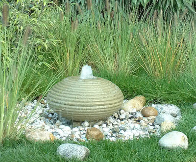 Brunnenstein UFO Ø 45 cm